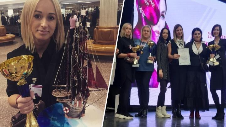 Мастер из Железногорска создала маникюр в виде корабля и победила в престижном конкурсе