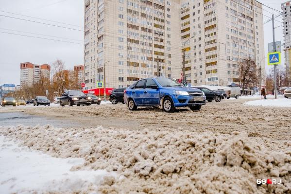 За снежную кашу на дорогах подрядчики теперь получают штрафы