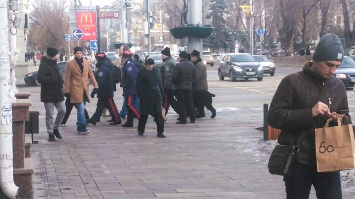 В центре Ростова задержали участницу одиночного пикета