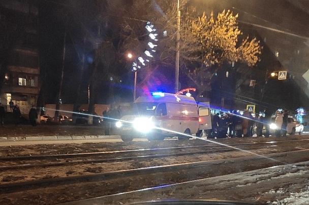 В Самаре на пешеходном переходе иномарка сбила двух школьников