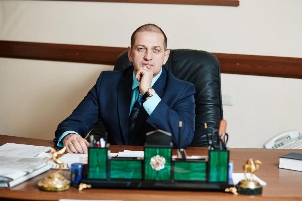 Златоустом Вячеслав Жилин руководил с 2012 года