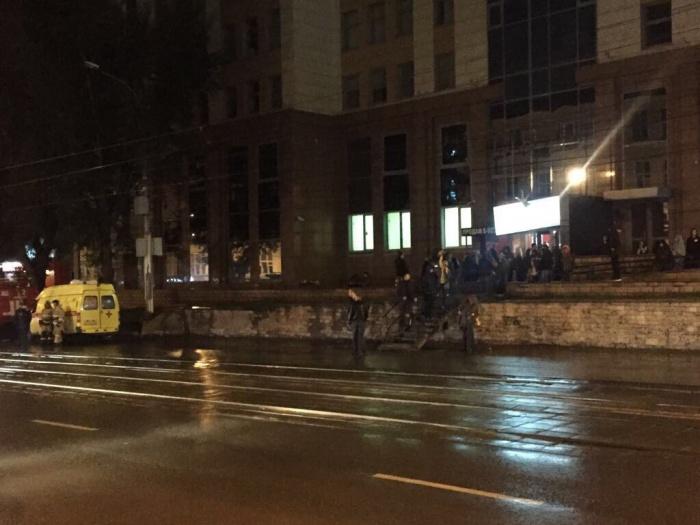 Эвакуация в ночном клубе «Антигламур»