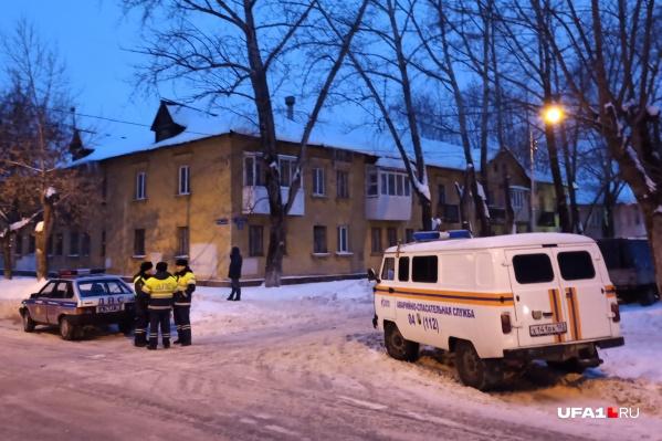 Дом ночью будет охранять полиция от мародеров