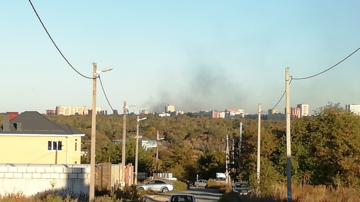 В Ростове на Северном сгорела свалка