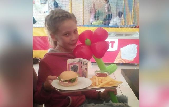 Мама пострадавшей от свинцовой пули девочки: «Моя дочь боится каждого шороха»