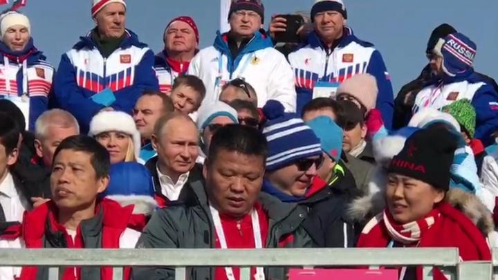 Путин в Красноярске: кортеж президента сняли на выезде из города