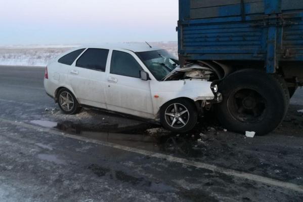 Водитель легкового автомобиля получил посттравматический шок