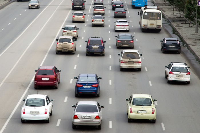 К половине девятого утра пробки на дорогах достигли 7-балльного уровня