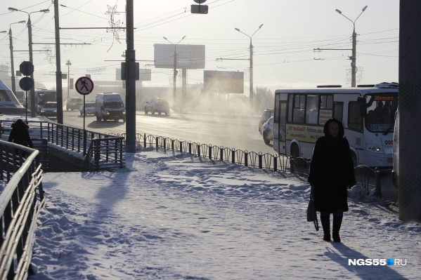 Пока омичи работают, на улице холодает