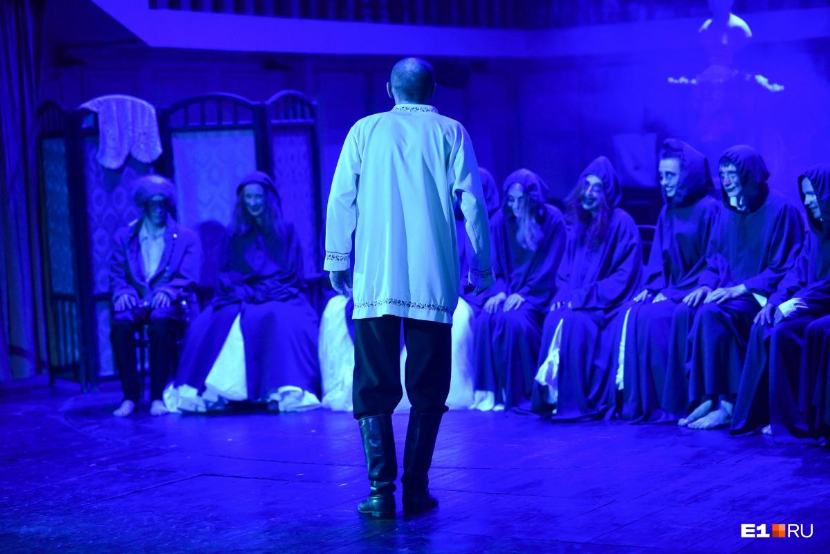 Николай Коляда превратил повесть Пушкина в хоррор с ходячими мертвецами