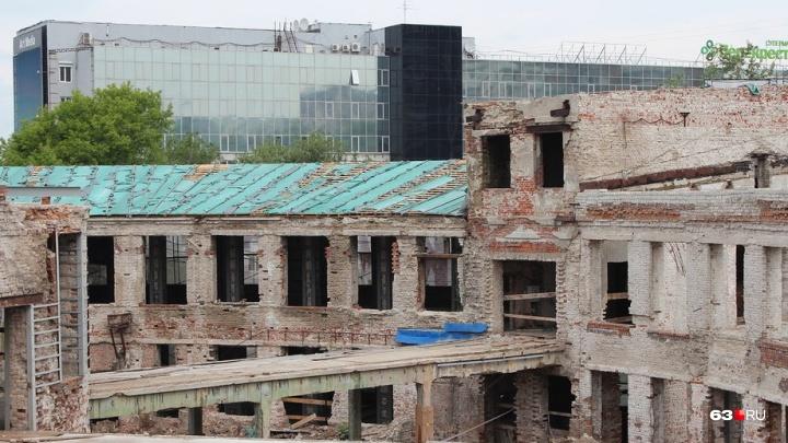 Министр культуры РФ создал рабочую группу, которая проконтролирует реконструкцию Фабрики-кухни