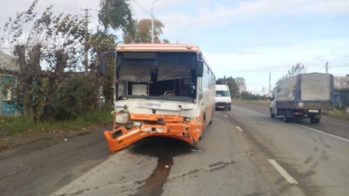 Отказали тормоза: под Нижним Тагилом произошла смертельная авария с участием автобуса