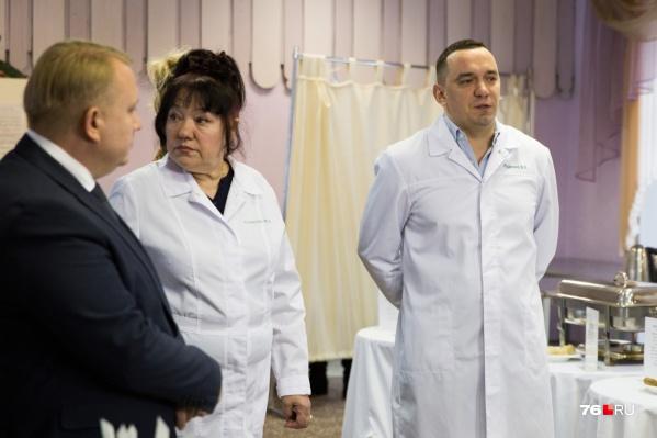 Владимир Руденко (крайний справа) с обвинениями не согласен