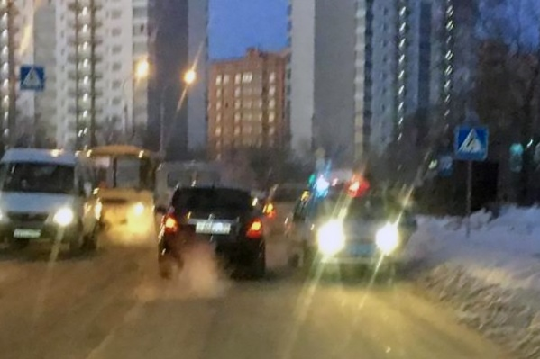 ДТП случилось на пешеходном переходе в Нижней зоне Академгородка