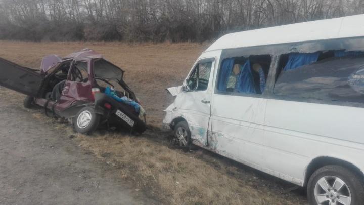 Водитель погибла в выехавшей на встречку «Оке»