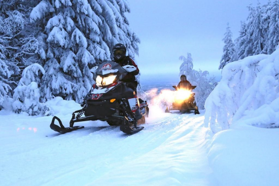 Вместо веселья катание на снегоходе может принести неприятности