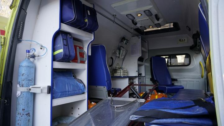 Под Тобольском поспешивший водитель автобуса устроил ДТП с тремя большегрузами