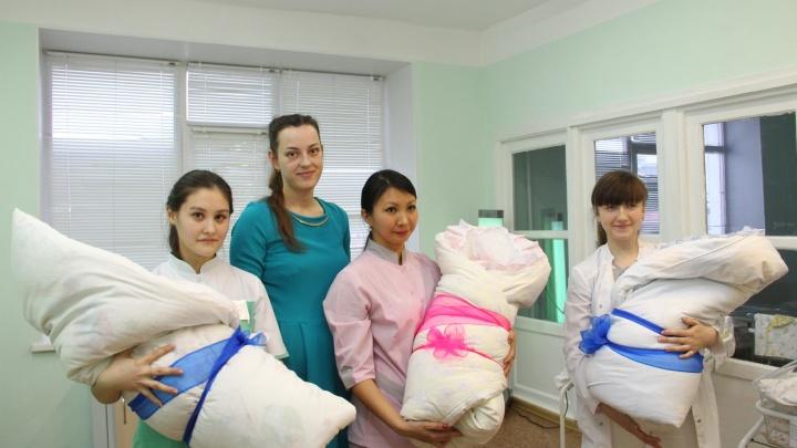 В Омске впервые за два года родились тройняшки