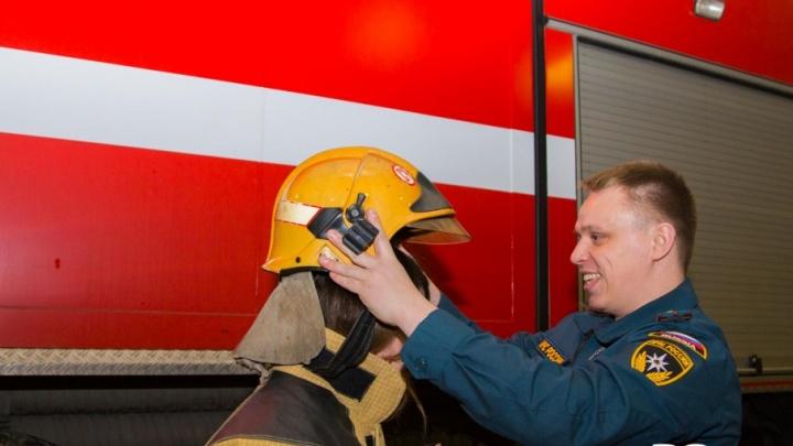 «Нам не аплодируют, это не кино»: как проходят смены пожарного спецназа