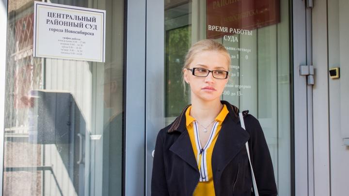 «Его довели до критического состояния»: дочь экс-главы клиники Мешалкина заявила о невиновности отца