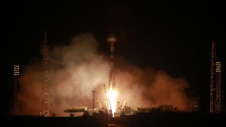 Самарская ракета вывела на орбиту космический корабль с тремя астронавтами