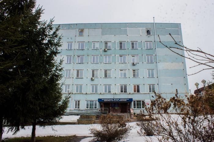 Пациенты обвинили медиков Детской городской клинической больницы  № 4  в жестоком обращении с детьми-отказниками