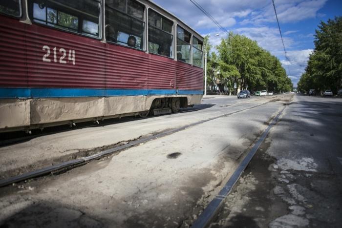 Авария произошла на перекрёстке проспекта Дзержинского и улицы Трикотажной