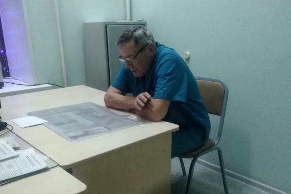 Евгений Батушенко, как и планировал, уволился из травматологии