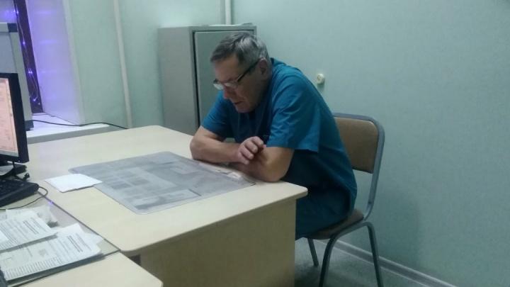Омского травматолога, который отказался принимать пациентов, уволили