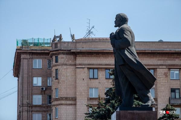 По мнению урбаниста Льва Владова, ремонт уничтожит исторический облик дома