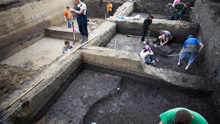 Учёные против мифов: существовал ли древний Асгард и где лежат скелеты омских динозавров