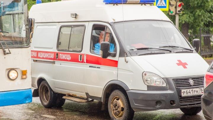 В Ярославской области мужчину расплющил огромный чан с водой
