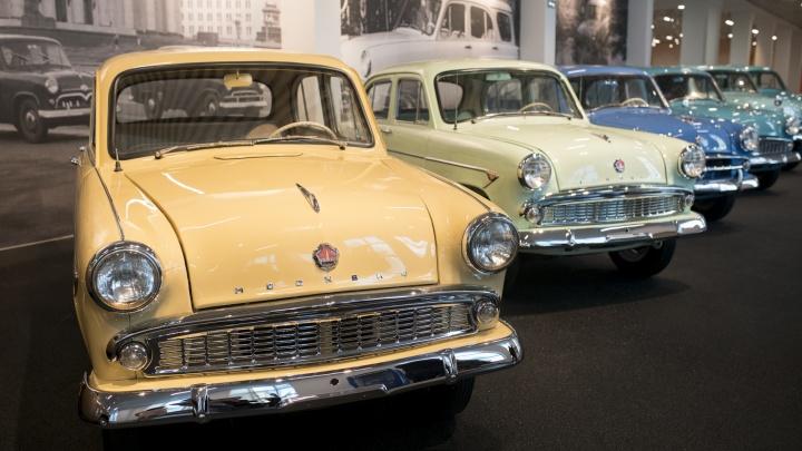 Любители старых автомобилей устроят гонку по улицам Екатеринбурга