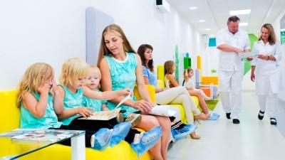 Не теряя время в очередях: как быстро пройти медосмотр перед школой и детским садом