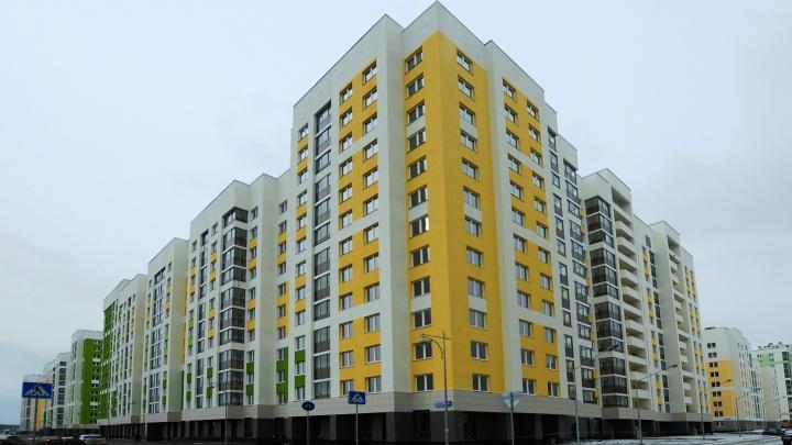 Сотрудников УК на Урале, которые предложили разбивать машины недовольных жильцов, могут уволить