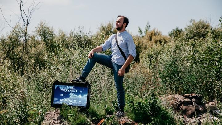 «Некоторым страшно оставаться наедине с собой». 7 историй тюменцев, переставших смотреть телевизор