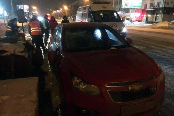 Chevrolet Cruze сбил дорожного рабочего