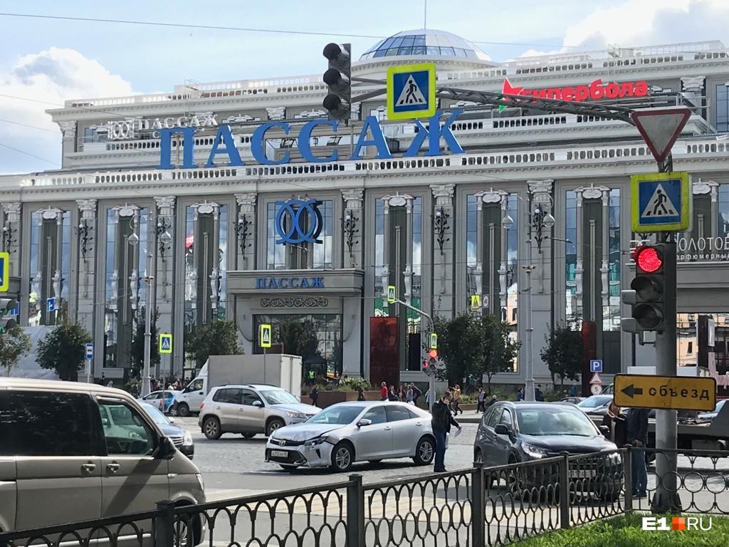 Столкновение произошло на перекрестке Ленина и Вайнера