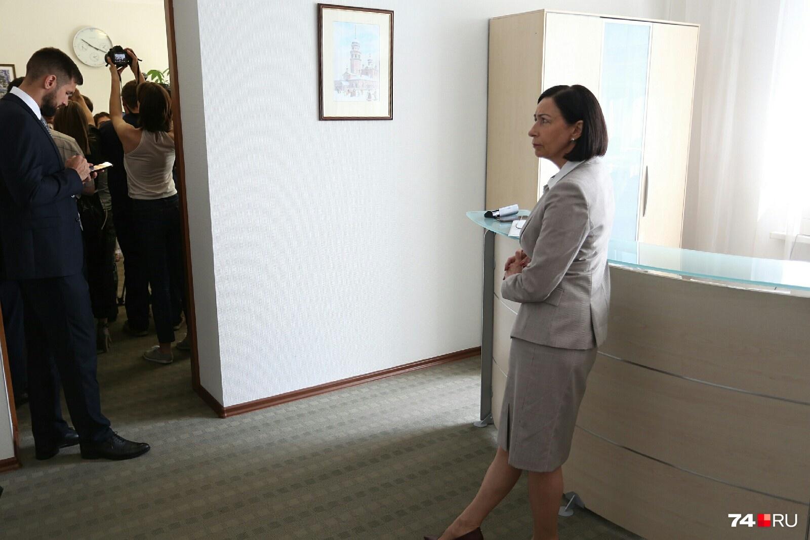 Наталья Котова призналась, что ей нужно дней 10 на подготовку к обширному общению с прессой