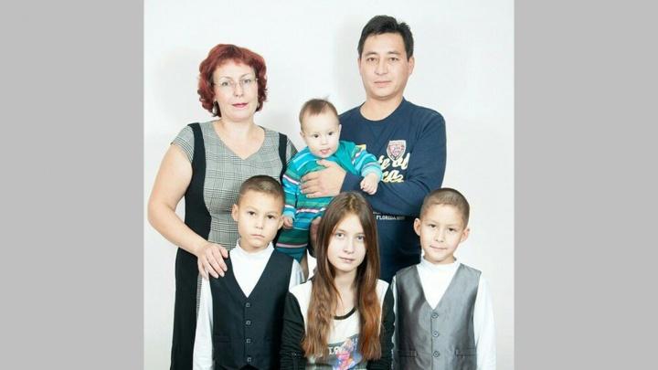 Сибирячка оспорила рекорд пары из Новосибирска, родившей детей с интервалом в 9 месяцев и 20 дней