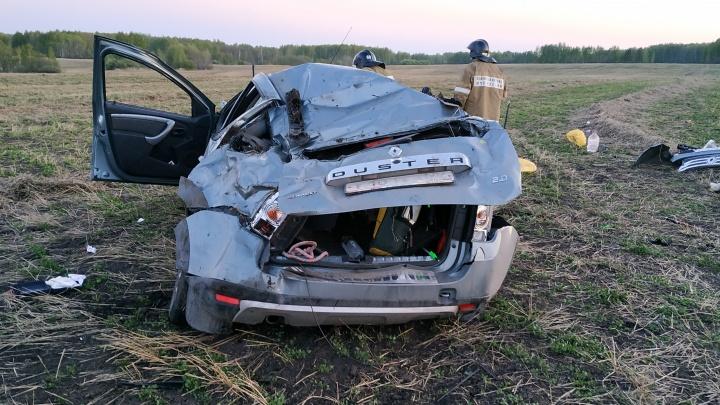 Водитель уснул за рулём: на трассе под Ирбитом перевернулась иномарка