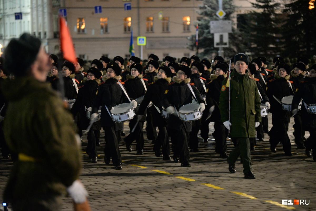 Оркестр суворовцев