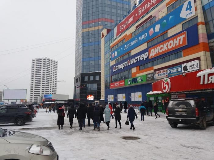 Экстренные эвакуации начались в Новосибирске рано утром 28 января