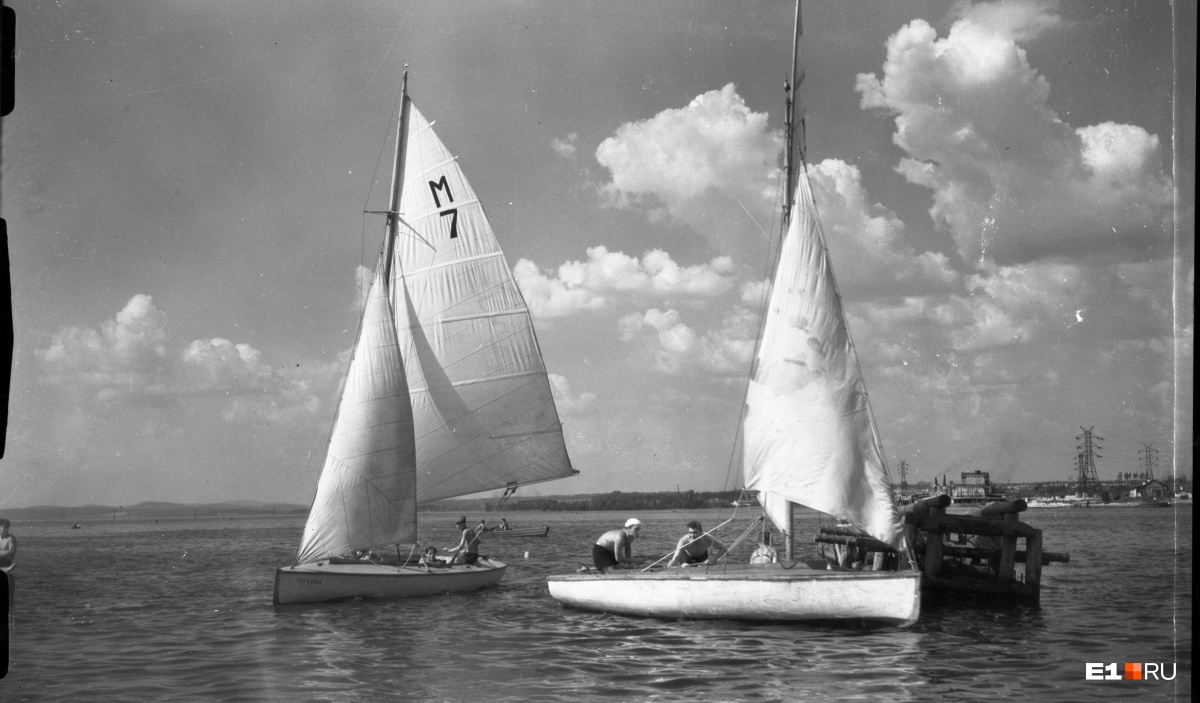 Яхты на Верх-Исетском пруду. 1953 год