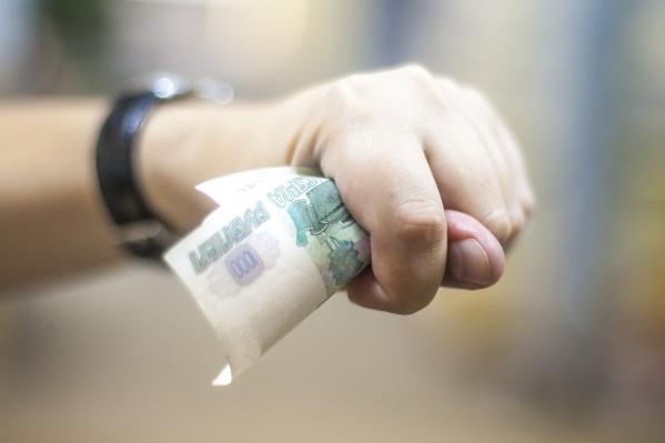 Новосибирцы задолжали своим детям более 5 миллиардов рублей