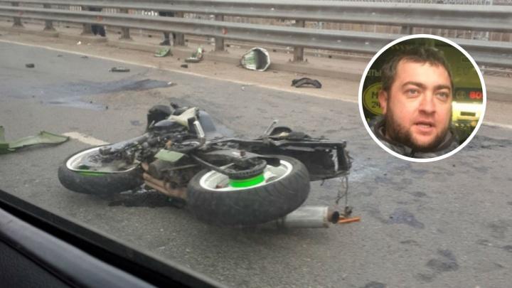 Вылетел на встречку: появилось видео смертельного ДТП с мотоциклистом на окружной дороге