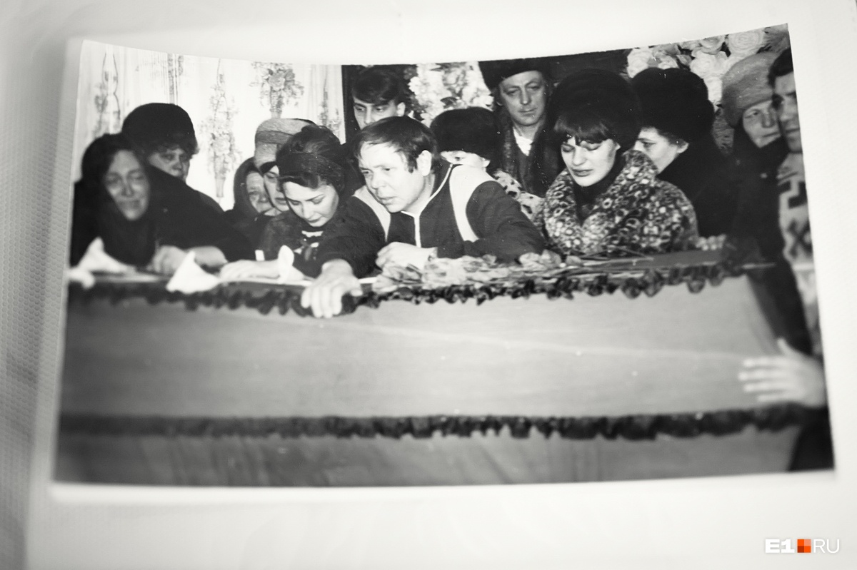 Юра был первым в городе погибшим в Чечне, за ним в Нижнюю Салду пришли ещё три гроба с солдатами