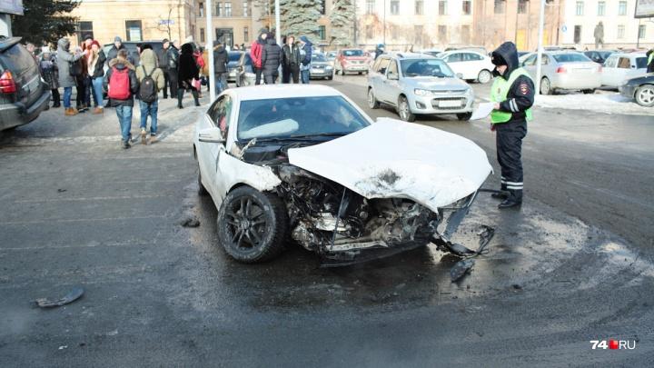 О-го-го, ОСАГО! Верховный суд обязал поднять страховые выплаты автомобилистам до Нового года