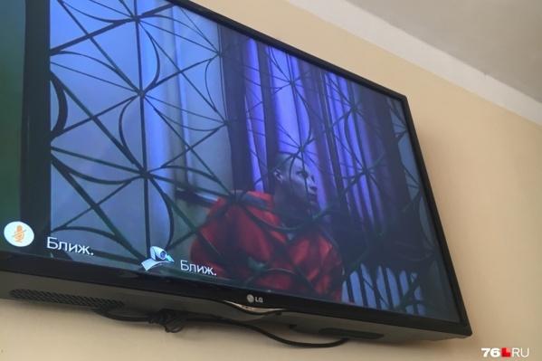 В заседании суда Макаров участвует по видеосвязи