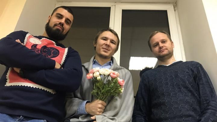 Коттедж Полежаевой, баннеры для Путина и новая Театральная: NGS55.RU проводит «Тайную планёрку»
